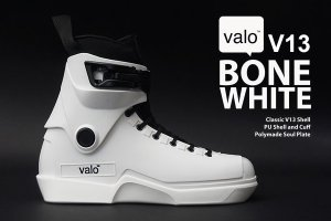 Valo V13 Bone White <img class='new_mark_img2' src='//img.shop-pro.jp/img/new/icons57.gif' style='border:none;display:inline;margin:0px;padding:0px;width:auto;' />