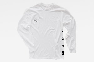 THEM Long Tee WH <img class='new_mark_img2' src='https://img.shop-pro.jp/img/new/icons20.gif' style='border:none;display:inline;margin:0px;padding:0px;width:auto;' />