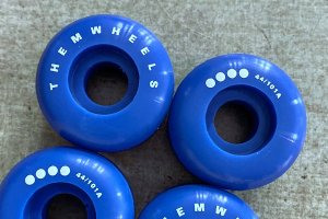 THEM wheels 44mm/101a <img class='new_mark_img2' src='https://img.shop-pro.jp/img/new/icons7.gif' style='border:none;display:inline;margin:0px;padding:0px;width:auto;' />