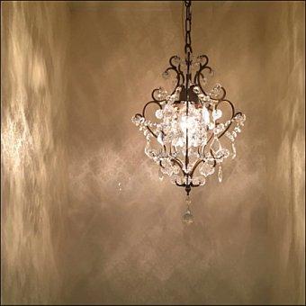 >クリスタルガラスの1灯プチシャンデリアOF0061