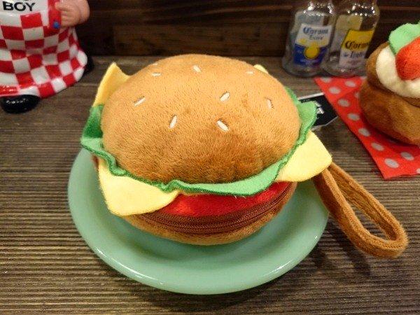 ふっくら美味しそうなハンバーガーのポーチ