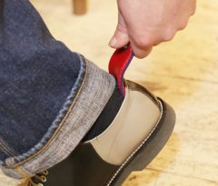 イタリア最高級革エルバマット靴べらキーホルダー