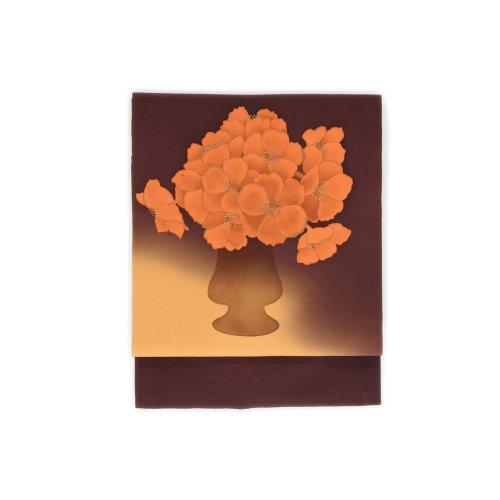 オレンジ色の花 花瓶のサムネイル画像