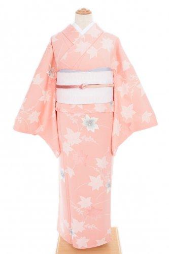 淡いピンク 楓と実