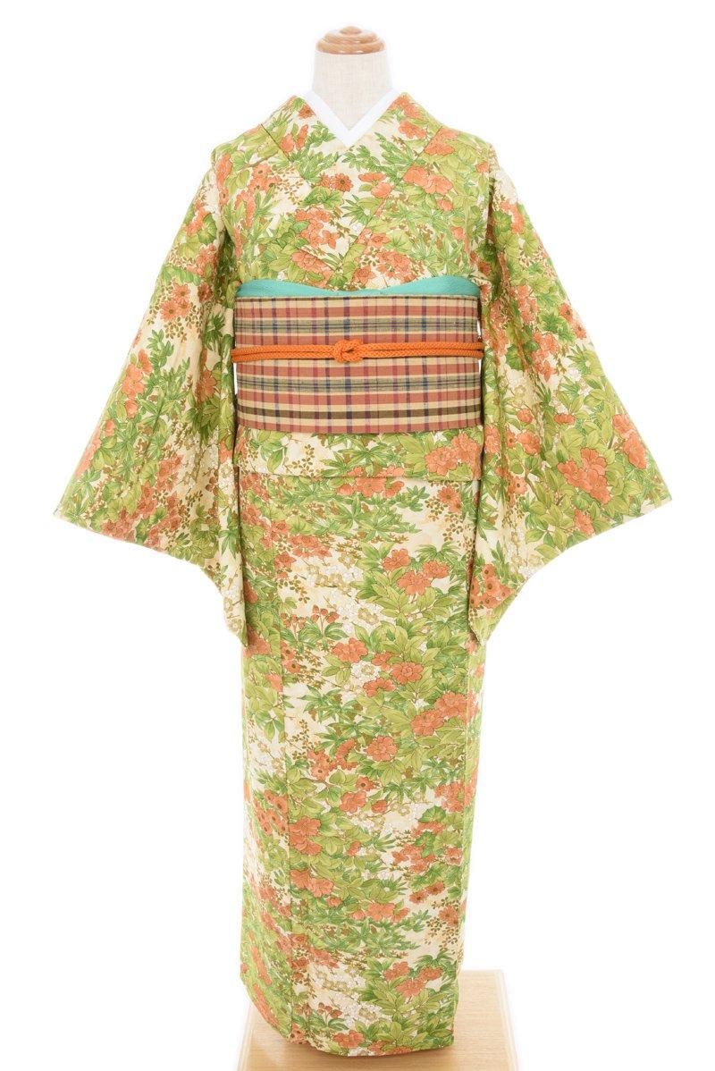 「ベージュ地 椿・梅・桜など」の商品画像