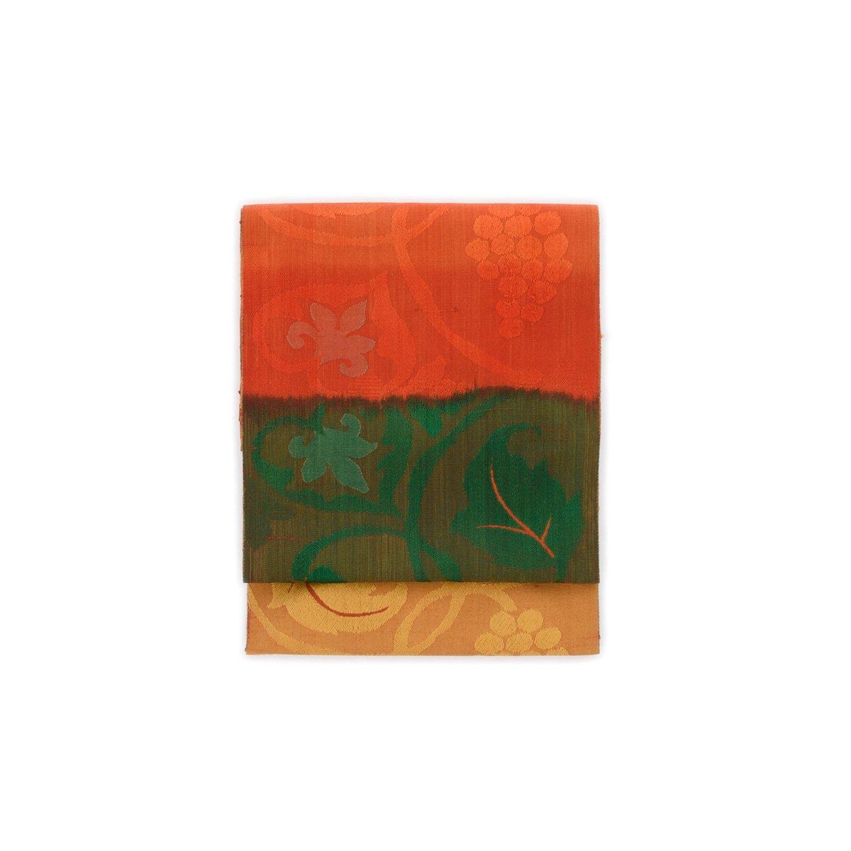 「黄・緑・赤のグラデーション 葡萄唐草」の商品画像