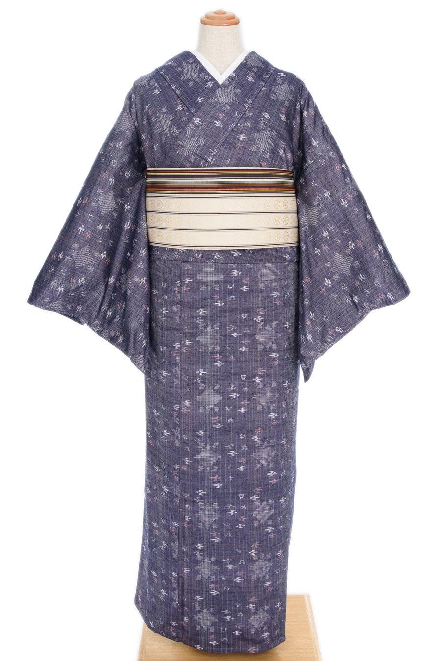 「単衣●紬 菱と燕 絣柄」の商品画像