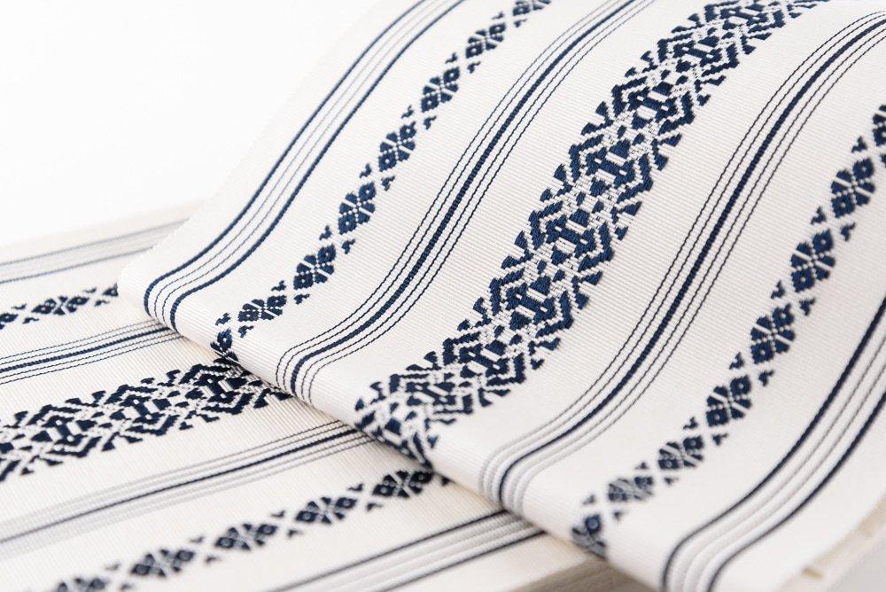 「本場筑前博多半幅帯 白×紺」の商品画像