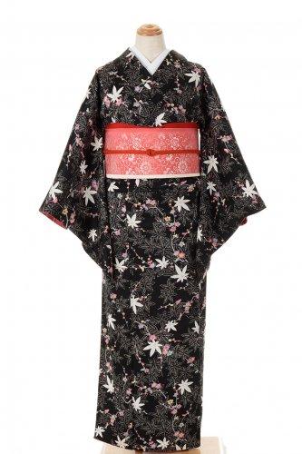 モノトーン紅葉にパステル調の梅のサムネイル画像