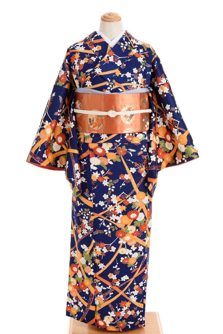「紺地 色鮮やかな菊・梅・紅葉」の商品画像