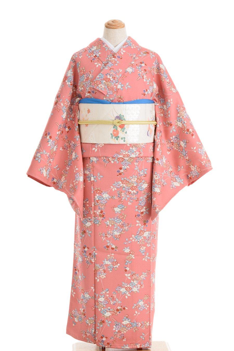 「ピンク色の地 小さな椿と梅」の商品画像