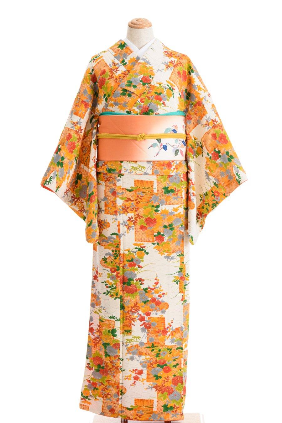 「白とオレンジ 菊・梅・紅葉など」の商品画像