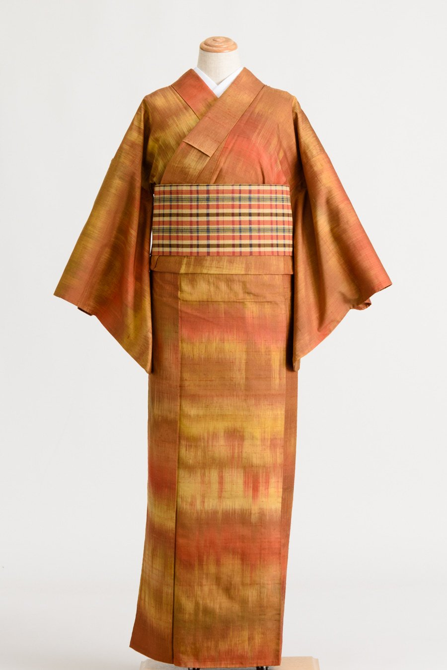 「単衣 紬 赤茶横段グラデーション」の商品画像