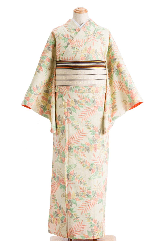 「紬 生成り色にカラフルな葉」の商品画像