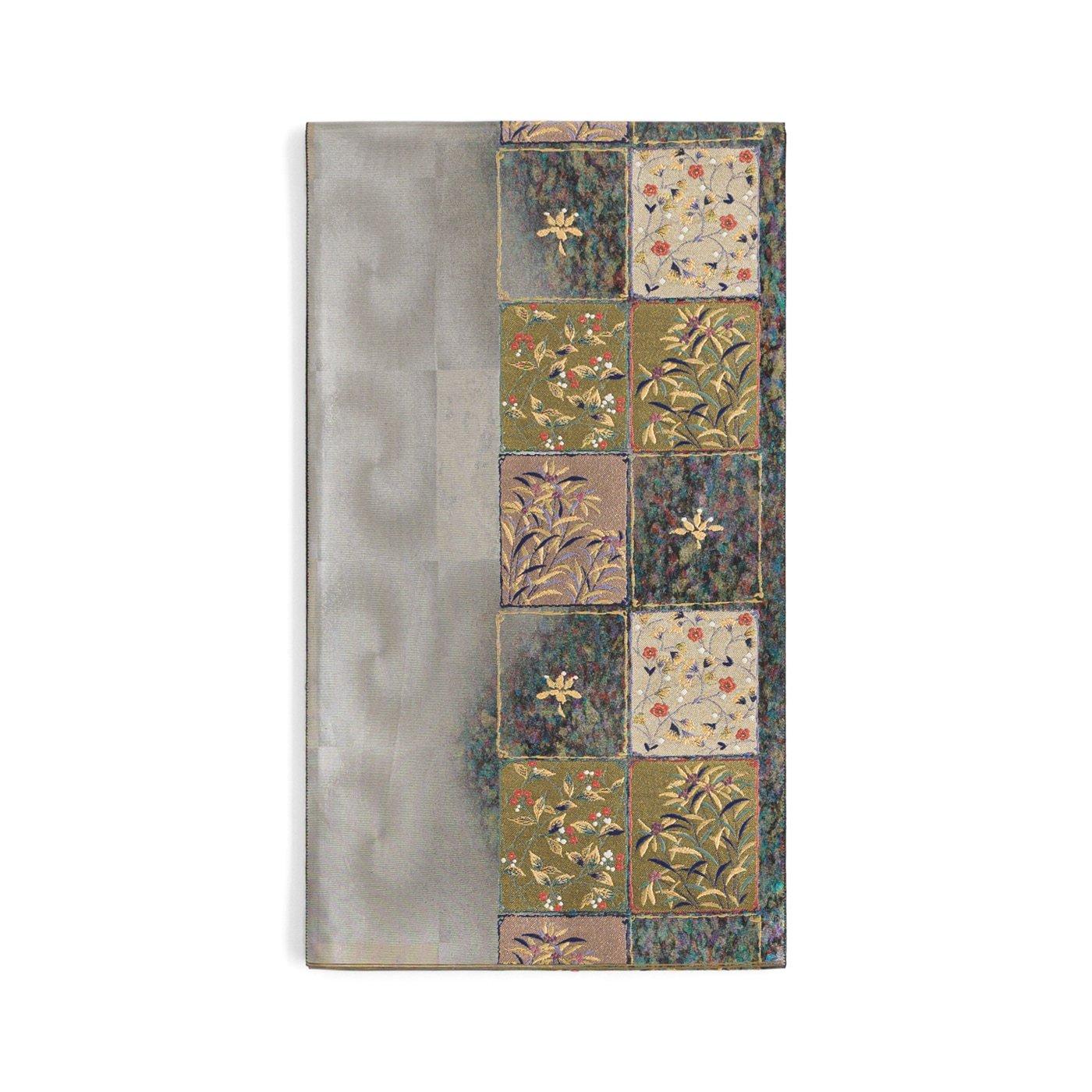 「袋帯●銀市松に花絵札」の商品画像