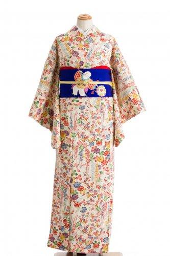 白地に藤 牡丹 桜などのサムネイル画像