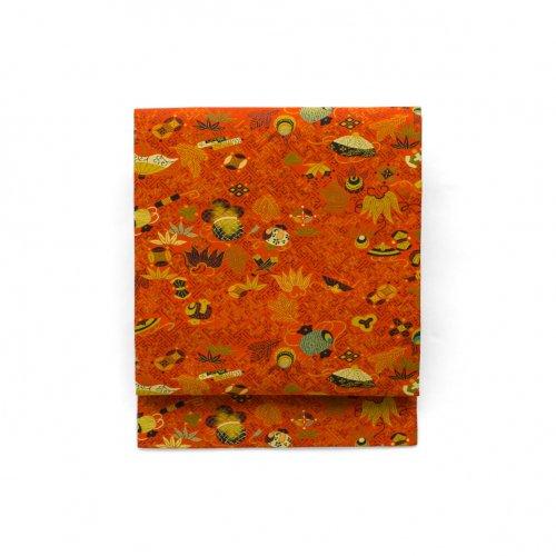 柿色の地 宝尽くし文様のサムネイル画像