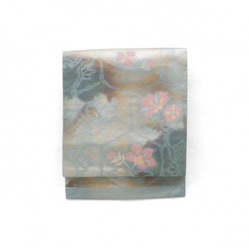 亀甲に唐花のサムネイル画像