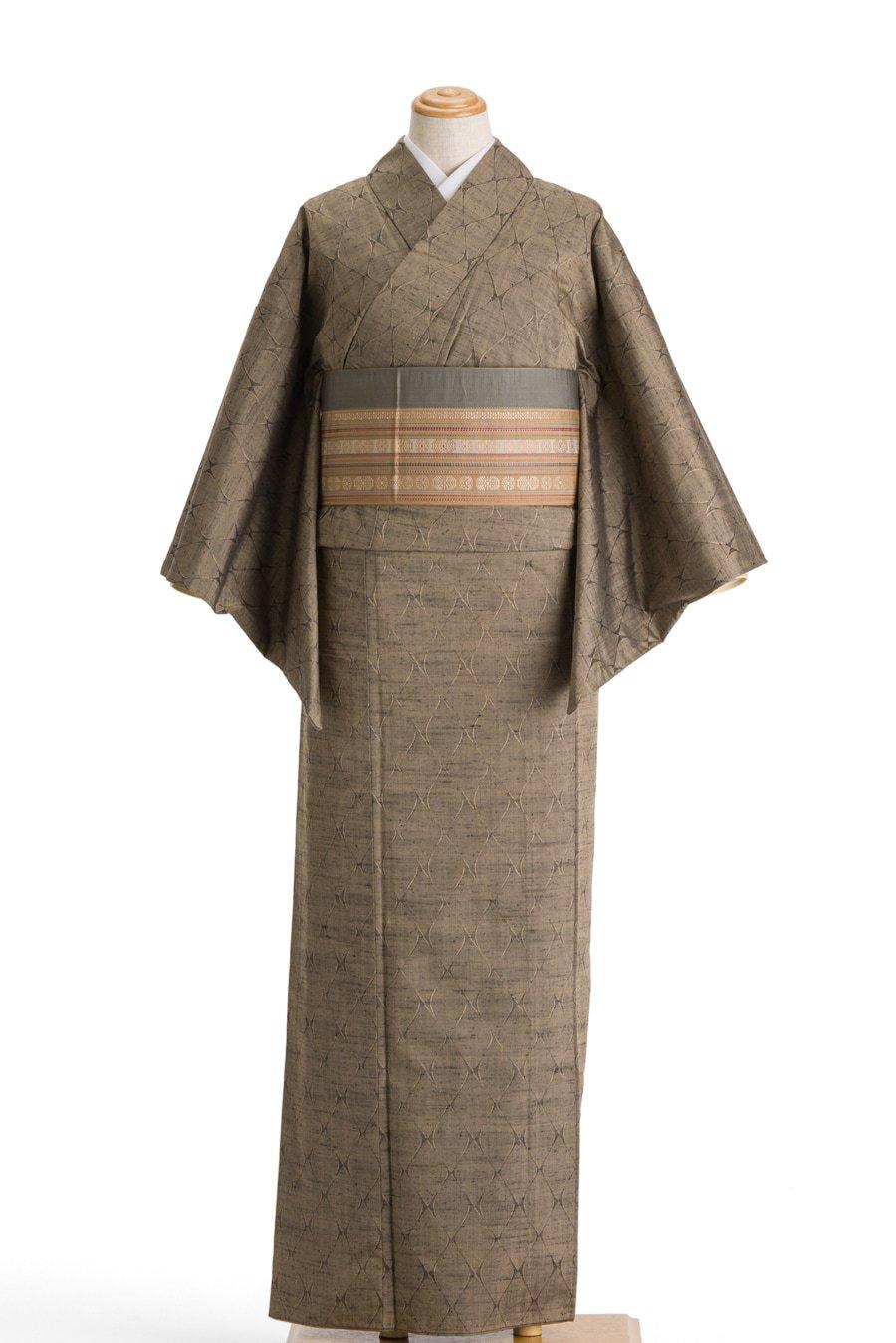 「単衣 紬 利休色の地に網目模様」の商品画像