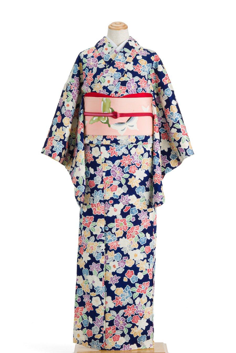 「紺地に椿 梅 紅葉」の商品画像