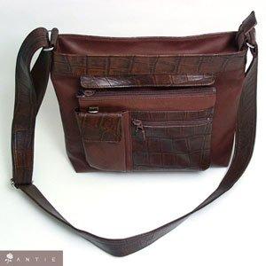 男女兼用ななめ掛けショルダーバッグはヌメ革(最高級杤木レザー仕様)&牛革クロコ型押しコンビ)