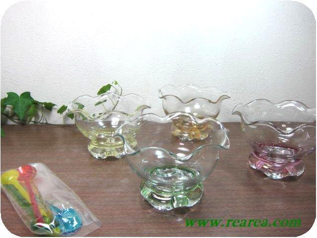 完売■ ガラス アイスクリームカップ 4客 スプーン付 (アイスカップサンデーカップ〓昭和レトロ雑貨デザ…