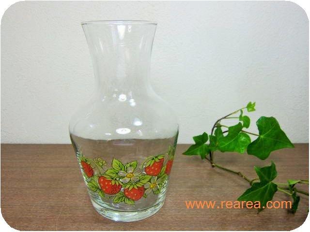完売■ガラス製水差し イチゴ花柄0.7L 花瓶フラワーベース (苺いちご一輪挿し ウォーターポット*昭和レトロ…