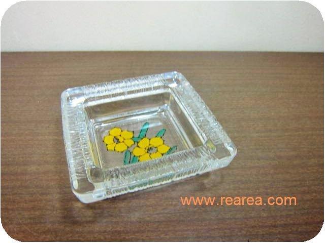 レトロなガラス皿 花柄 13センチ(灰皿ガラスボウルプレート*昭和レトロ雑貨