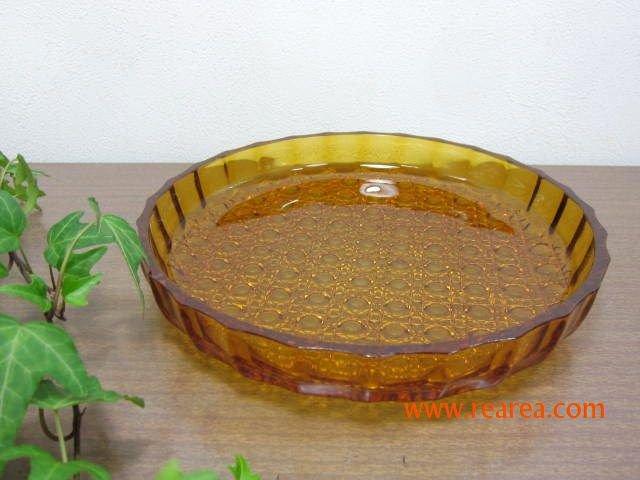 セール50%OFF アンバーガラス プレート25㎝  幾何学風(サラダプレート大皿*昭和レトロ食器