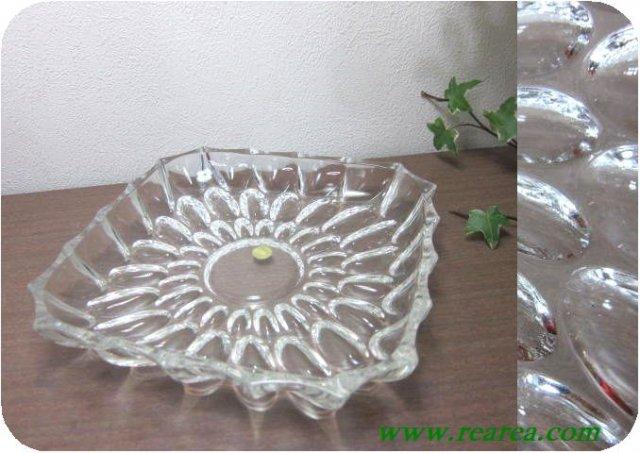 HOYAクリスタル ドットレリーフ ガラスプレート22㎝ (水玉大皿〓昭和レトロ雑貨デザイン