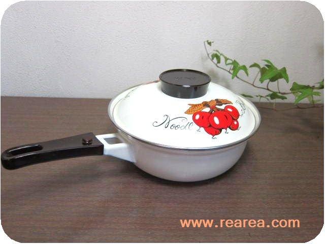 完売■   E-LINE ホーロー片手鍋 1.5L  赤カブNoodl Bowl(琺瑯*昭和レトロ雑貨