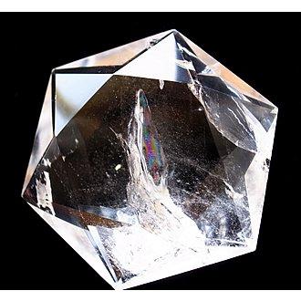 水晶六芒星<br>虹観音