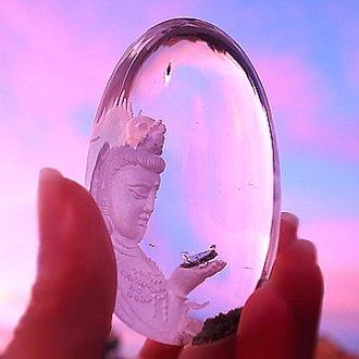 水晶観音、、、光
