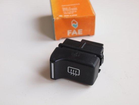 Renault 4 5用 リヤ電熱線スイッチ