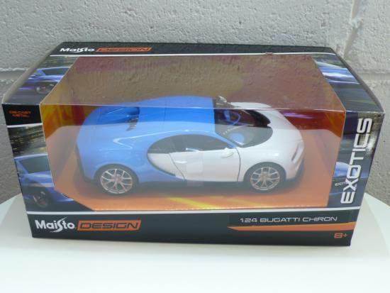 Bugatti Chiron 1/24 ホワイト/ブルー...
