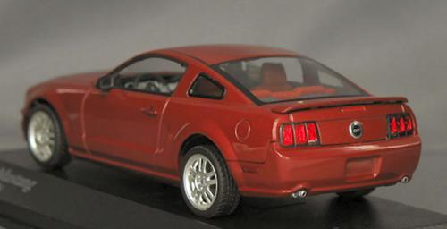 フォード ムスタング GT 2005 レッドメタリック 1/43