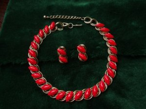 ヴィンテージ 真赤なネックレス&イヤリングセット(S6179)