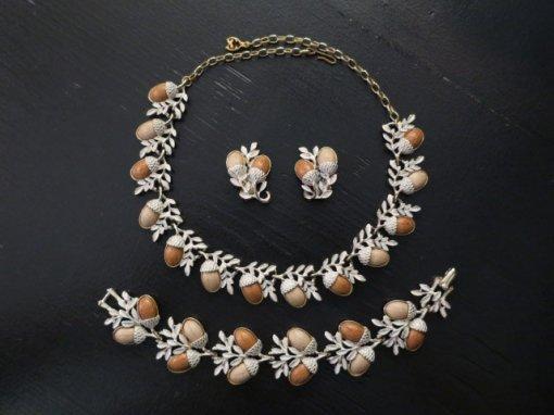 CORO 木の実のネックレス、イヤリング、ブレスレット3点セット(S7613-2)