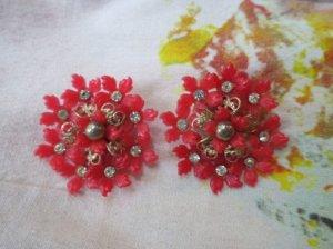 赤い小花たっくさんのイヤリング(S7914)