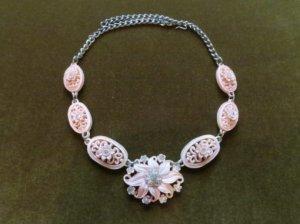 セルロイド ピンクのお花のネックレス(S8164)