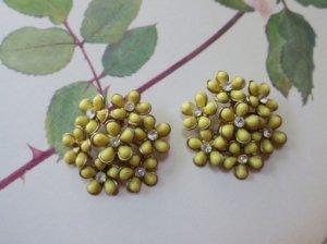 黄色いお花のイヤリング(S8163)
