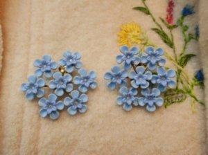 水色のお花のイヤリング(S8373)