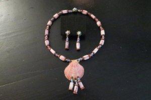 ミリアムハスケル 薄紫色の貝殻のネックレスとイヤリングのセット(S8452)