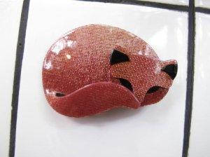 LEA STEIN リースタイン 眠り猫のブローチ(S5663)