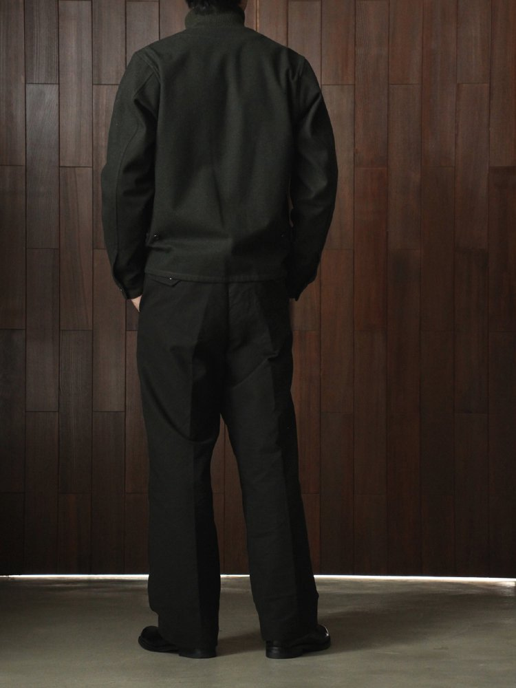 <img class='new_mark_img1' src='https://img.shop-pro.jp/img/new/icons20.gif' style='border:none;display:inline;margin:0px;padding:0px;width:auto;' />C/W ENGINEER SHIRT JACKET #BLACK GREEN