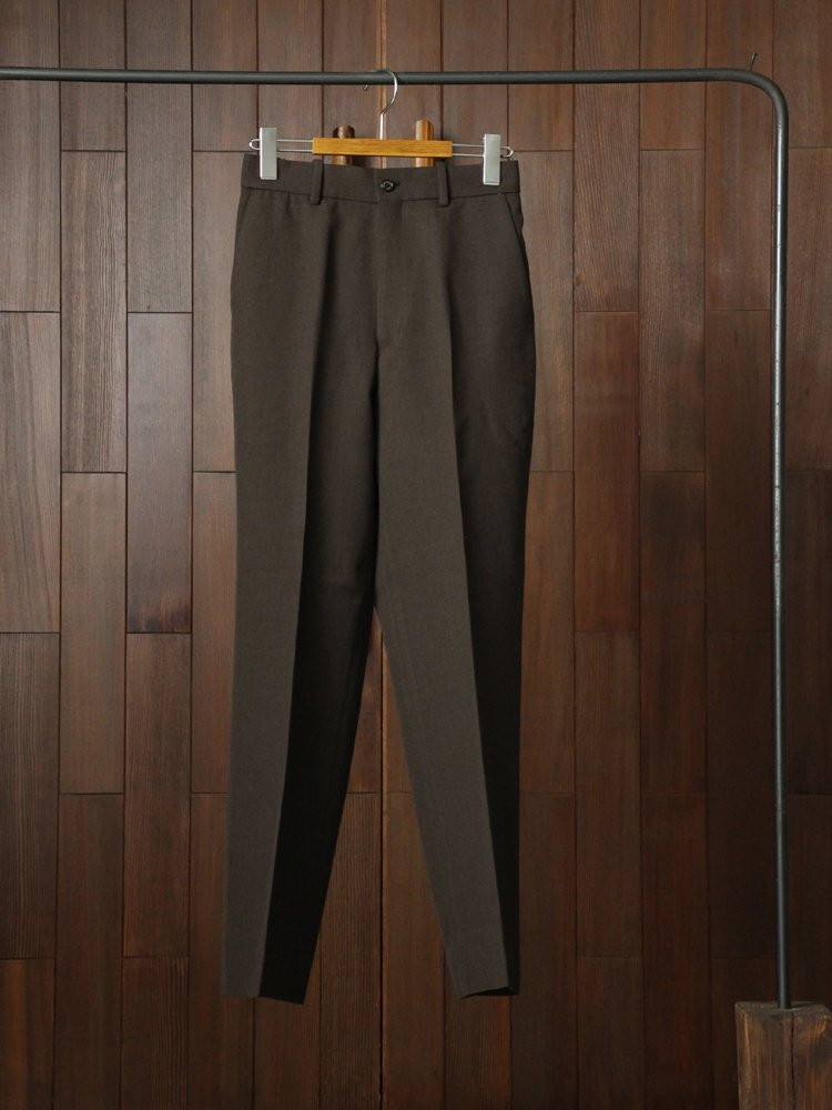 MARKAWARE|STRAIGHT FIT TROUSERS #TOP BROWN