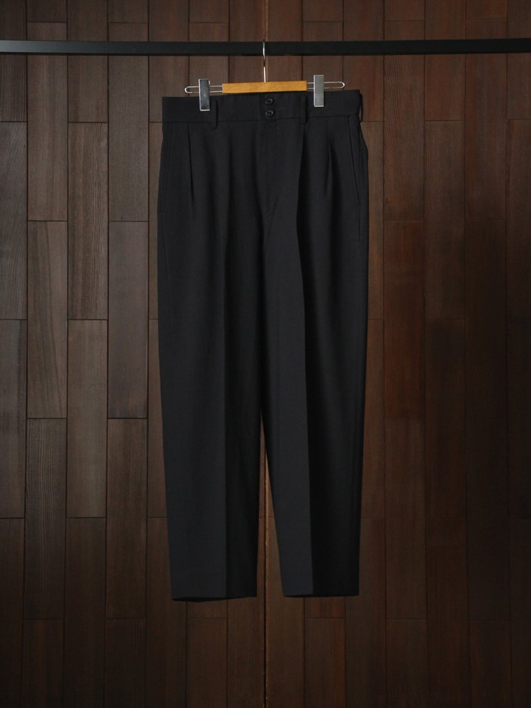 MARKAWARE|DOUBLE PLEATED TROUSERS #BLACK