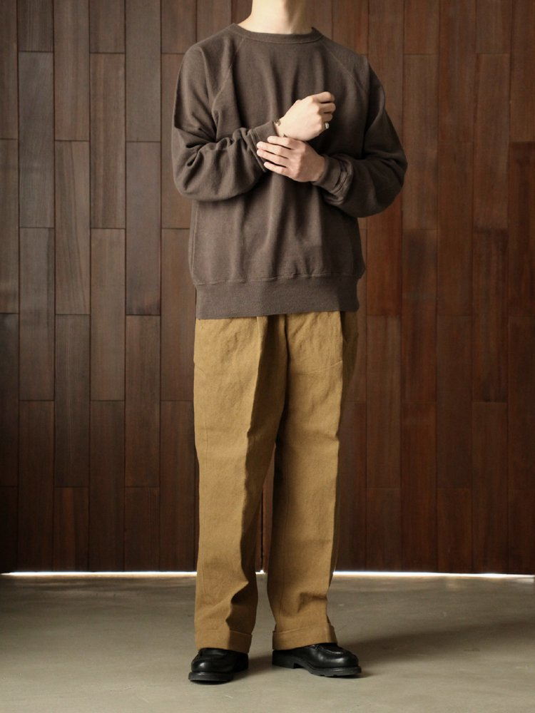 BASKET 2TUCK TROUSERS #KHAKI BROWN<img class='new_mark_img2' src='https://img.shop-pro.jp/img/new/icons22.gif' style='border:none;display:inline;margin:0px;padding:0px;width:auto;' />