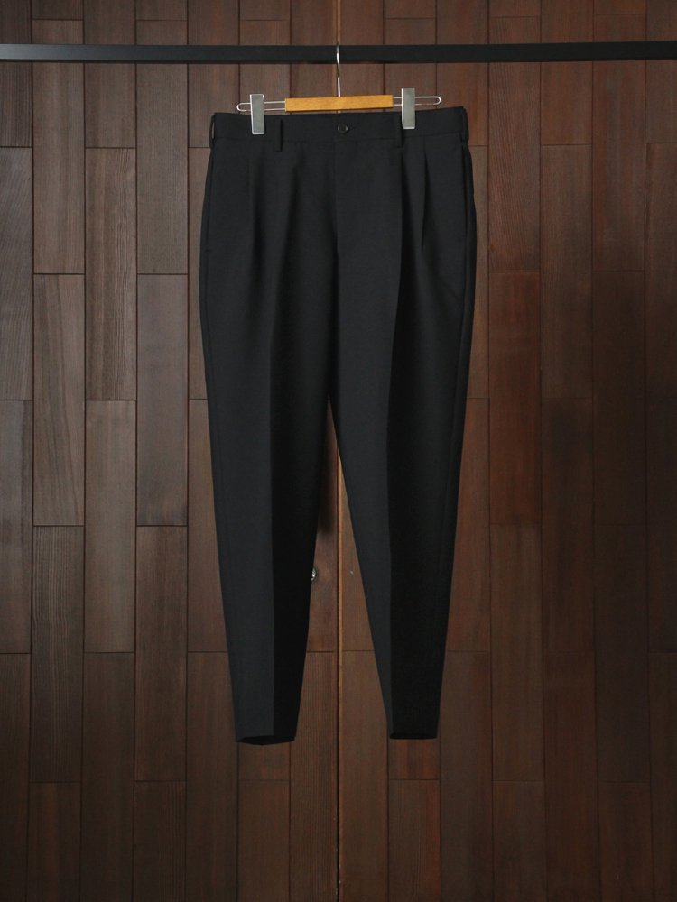 marka|2TUCK COCOON FIT #BLACK