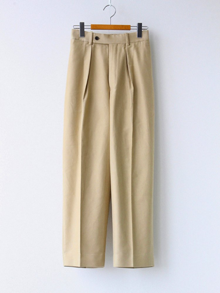 MARKAWARE|NEW CLASSIC FIT TROUSERS #KHAKI [A20C-05PT02C]